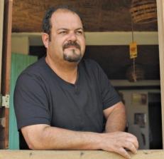 """""""Vi a luz uma vez, chegando em casa. Me acompanhou e ficou parada aqui na porta. Achei que era um satélite, mas ela se aproximou e fazia um zigue-zague."""" Sérgio Ricardo dos Santos, 46. Empresário"""