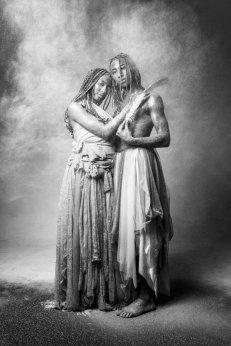 Ibeji. Modelo: Larissa Bandeira e Leo do Gran. Foto: Stefano Martini